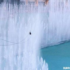 #Dubai Now That's One More Way to Enjoy the Fountain Show, What's Next ? @Xdubai ➖➖➖➖➖➖➖➖➖➖➖➖➖➖➖➖➖ Photo Credit : @ali_essa1
