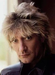 Check out Rod Stewart @ Iomoio Music Icon, Music Tv, New Music, Great American Songbook, Rock Songs, Rod Stewart, Portrait Sketches, Latest Albums, Celebs