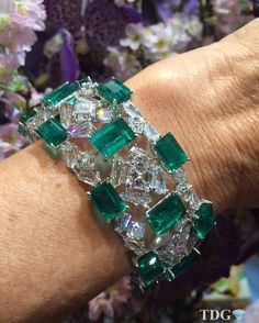 THE BOLD AND THE BEAUTIFUL!!! Everything about @formsjewellery is both bold and beautiful.... Unique designs combined with the finest quality gemstones ... What's not to love?? Adore this emerald and diamond bracelet.... Look at those emeralds!!! Magnificent @formsjewellery !!!!