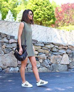 Casual days! #ootd www.camilacoelho.com -------- Casual chic! Os Dias com tênis são mais felizes hahaha ❤️ #look (todos os detalhes no blog)