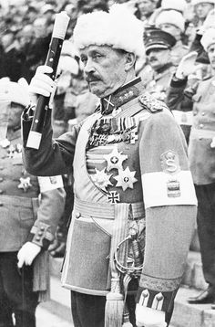 Field Marshal Carl Gustaf Mannerheim, a national hero of Finland, who led the Finnish Armies against Soviet Russia during World War II. Pin by Paolo Marzioli - Finland Flag, Lapland Finland, Field Marshal, Viking Age, Soviet Union, Military History, World War Two, Wwii, Russia