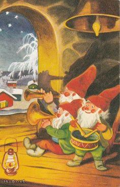 Olavi Vikainen Kobold, Scandinavian Christmas, Old Postcards, Christmas Cards, Christmas 2017, Faeries, Picture Quotes, Gnomes, Elves
