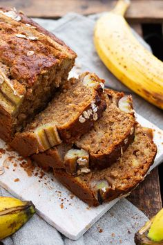 Simple, super juicy banana bread without sugar - cooking carousel - baking ♡ s . - Simple, super juicy banana bread without sugar – cooking carousel – baking ♡ sweet - Banana Bread Without Sugar, Gluten Free Banana Bread, Vegan Banana Bread, Easy Banana Bread, Banana Bread Recipes, Cake Recipes, Dessert Recipes, Desserts, Punch Bowl Cake