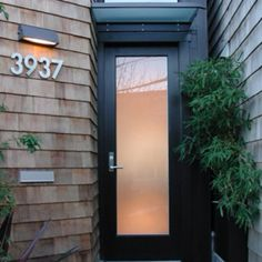 ideas modern front door styles frosted glass for 2019 Modern Entry, Modern Front Door, Front Door Design, Modern Exterior, Exterior Design, Modern Entrance, Modern Spaces, Front Door Entrance, Entry Doors