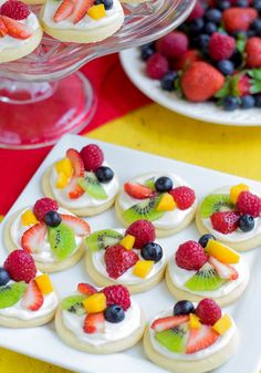 Beyond Cake Balls: 17 Healthy Baby Shower Snacks via Brit Co. 2019 Beyond Cake Balls: 17 Healthy Baby Shower Snacks via Brit Co. The post Beyond Cake Balls: 17 Healthy Baby Shower Snacks via Brit Co. 2019 appeared first on Baby Shower Diy. Mini Fruit Pizzas, Fruit Tarts, Fruit Skewer, Fruit Pizza Bar, Pizza Cups, Veggie Pizza, Fruit Salsa, Fruit Cups, Yogurt Cups