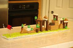 Playable Angry Birds Cake