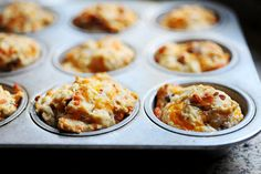 These are baking in my oven right now, with added parmesan and jalepeno! Chedder Bacon Onion Biscuits. Used a fresh Walla Walla from farmers market!! --- The Pioneer Woman, via Flickr