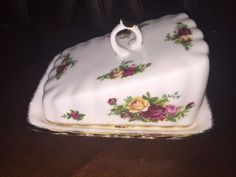 Royal Albert Old Country Roses Rare Covered Cheese Wedge Or Butter Dish Tray #RoyalAlbert