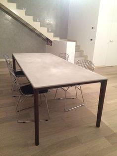 Tavolo Board Deign Giuseppe Bavuso By ALIVAR Rovere Termotrattato   Top  Cemento Cm 220x95 O 150x150