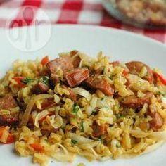 Portuguese rice (Arroz de Braga) – Pin to pin Tomato Caprese, Caprese Pasta Salad, How To Cook Brisket, How To Cook Ribs, Rice Dishes, Pasta Dishes, Main Dishes, Paella, Arroz Risotto