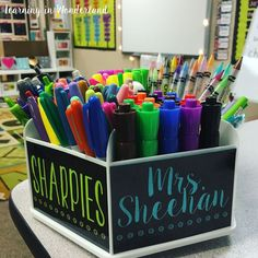 Use these free labels to create your own teacher caddy. Editable and in two background color options!