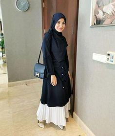 Stylish Hijab, Casual Hijab Outfit, Ootd Hijab, Hijab Chic, Hijab Jeans, Niqab Fashion, Modern Hijab Fashion, Hijab Fashion Inspiration, Muslim Fashion
