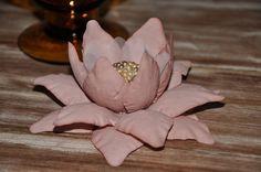 Forminha para doces flor de lótus