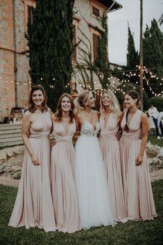 Lovely Wedding at Finca Son Togores, Palma de Mallorca. Perfect Wedding, Dream Wedding, Wedding Day, Wedding Summer, Wedding Bridesmaid Dresses, Wedding Gowns, Pink And Gold Wedding, Wedding Portraits, Marie