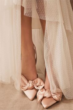 Where to Buy Wedding Shoes in Ireland Making A Wedding Dress, Fall Wedding Dresses, Summer Wedding, Wedding Night, Party Dresses, Wedding Accessories For Bride, Bridal Accessories, Wedding Jewelry, Pink Heels