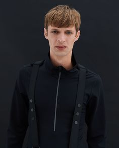 Comfy to wear This long sleeve shirt made from Natural Powerstretch is the perfect first layer under your ski suit. The material from cotton and polyamide is unbelievably soft to wear. Shirt Sleeves, Long Sleeve Shirts, Winter Looks, Skiing, Bomber Jacket, Comfy, Suits, Cotton, How To Wear