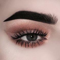 shimmery brown smokey eye w/ lighter winged liner | #eyeliner neutral makeup