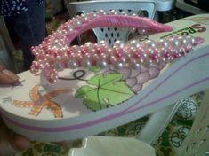 sandalias decoradas nabeisha goma y sintètico.,perlas y mostacilla,siliocn  agua y tijera