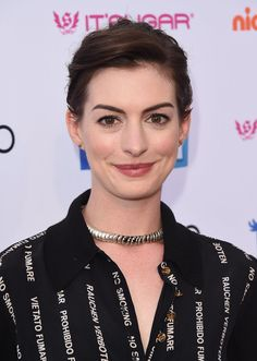 Anne Hathaway Best Pixie Hairstyles | POPSUGAR Beauty