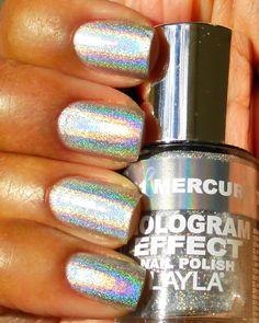 Hologram nail polish