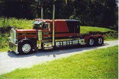 Got sleeper: Custom Peterbilt Conventional with a Custom Large Sleeper Show Trucks, Big Rig Trucks, Old Trucks, Dump Trucks, Peterbilt 359, Peterbilt Trucks, Custom Peterbilt, Custom Big Rigs, Custom Trucks