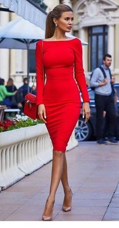 Rote kurze Kleider, die ich liebe Inspirierende Damen, You are in the right place about Short Dress chic Here we offer you the most beautiful pictures about th Red Dress Outfit, The Dress, Dress Outfits, Fashion Dresses, Woman Dresses, Dress Long, Red Dress Shoes, Ladies Dresses, Hijab Outfit