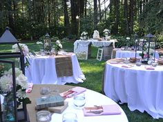 white tablecloths with burlap runners