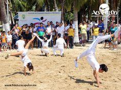 #infoacapulco Todos los domingos son deportivos en Acapulco. INFO ACAPULCO. Con el fin de fomentar el deporte en los habitantes del puerto, así como en los turistas que lo visitan, todos los domingos son deportivos en Acapulco y podrás encontrar en los espacios públicos, diferentes actividades que realizar para activar tu cuerpo. Obtén más información en la página oficial de Fidetur Acapulco.