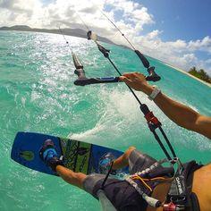 ¿Cuándo despegamos? #kitesurf #kiteboard #alquilar #gopro #yosoydeagua