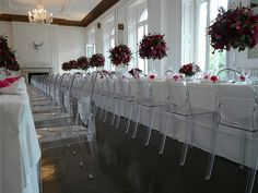 Smart and stylish - the Edwardian Ghost Chair gives all you need for corporate event class!