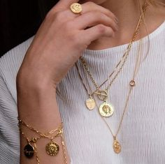 I like layered necklaces a lot. Gold looks good too. I love that the gold pendants look like coins. I like layered necklaces a lot. Gold looks good too. I love that the gold pendants look like coins. Cute Jewelry, Jewelry Accessories, Fashion Accessories, Jewelry Necklaces, Women Jewelry, Fashion Jewelry, Jewelry Trends, Jewelry Shop, Jewelry Ideas