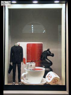 Proporcion - Escala  Prada Giochi window display ( VIP Fashion Australia www.vipfashionaustralia.com - international clothes shop ) 2014