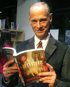 John Waters reads Rogue Island by Bruce DeSilva.