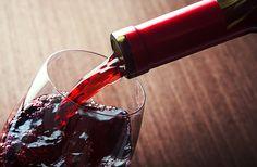 Punaviinikastike sekä liha- ja kanaliemi ovat monen reseptin perusaineksia. Kokeile keittiömestari Lukas Hemnellin reseptejä!
