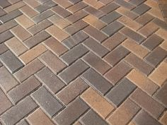 Paver Patterns And Design Ideas For Your Patio throughout 12 Some of the Coolest Ways How to Improve Backyard Pavers Design Ideas Outdoor Patio Pavers, Paver Walkway, Driveway Pavers, Backyard Landscaping, Concrete Paving, Brick Pavers, Brick Flooring, Floors, Paver Patterns