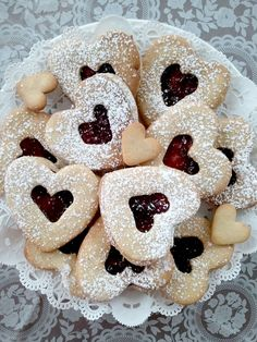 pretty Valentine cookies - be better with cherry jam if you ask me ; Valentines Sweets, Valentine Cookies, Holiday Cookies, Holiday Treats, Holiday Recipes, Summer Cookies, Easter Cookies, Birthday Cookies, Scones