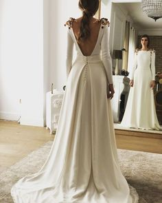 Wonderful Perfect Wedding Dress For The Bride Ideas. Ineffable Perfect Wedding Dress For The Bride Ideas. Western Wedding Dresses, Dream Wedding Dresses, Bridal Dresses, Prom Dresses, Wedding Dress Cape, Wedding Outfits, Wedding Gowns, Perfect Wedding Dress, Unique Fashion