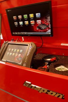 State of the art diagnostic mechanical tools to repair and maintain your car, truck or SUV