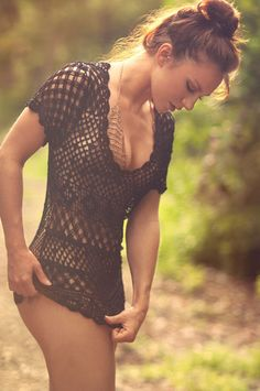 Beauty and The Beach Karlie Crochet Tunic in Onyx! Yup this is my next purchase! Love this #BeachBunny #Coverup
