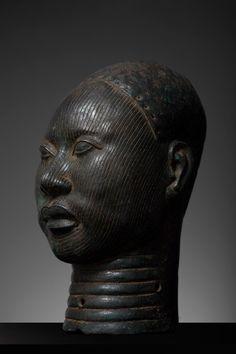 Ife Bronze Head - Gallery of African ArtGallery of African Art African Art, African Masks, African History, African Sculptures, Art Premier, Yoruba, Afro Art, Bronze Sculpture, Tribal Art
