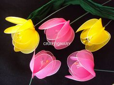 Make tulips with this DIY nylon tulips tutorial. How to make nylon flower tulips with stocking net or simply stocking. An old art of making handmade tulips. Nylon Flowers, Tulips Flowers, Colorful Flowers, Ribbon Projects, Family Flowers, Nylon Stockings, Old Art, Diy Hacks, Crochet Flowers