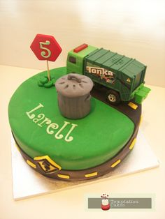 Rubbish Truck Cake Auckland $250 (figurines bought from a licensed retailer)