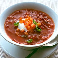 Speedy tomato and basil soup | Weight Watchers UK