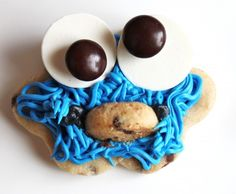 Cookie Monster Cookies~ By created by Diane, blue Crazy Cookies, Iced Cookies, Royal Icing Cookies, Creative Desserts, Creative Food, Elmo And Cookie Monster, Delicious Desserts, Yummy Food, Cookie Designs