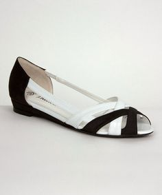 Black & White Cori Flat