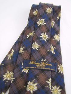 Brooks Brothers Makers Tie Blue Brown Plaid Artistic White Flowers a Must See #BrooksBrothers #Tie