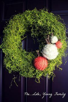 DIY Home Decor DIY Fall Crafts : DIY Moss Fall Wreath