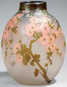 Emile Galle Table Tea Jade White 1846-1904