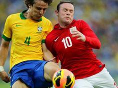 A Inglaterra conta com jogadores experientes - como o atacante Wayne Rooney - e segurou o ataque brasileiro na primeira etapa