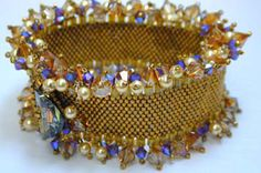 On the Edge Bracelet Pattern - That Bead Lady